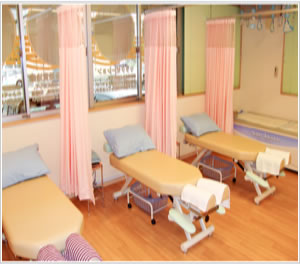宇都宮市自然堂整骨院施術室風景